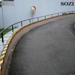 Кто ставит резиновую защиту для углов и колонн на паркингах